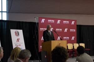 President Tim Hall speaks at the annual Celebration of Women in Athletics Dinner. Jessica Gray | staff photographer