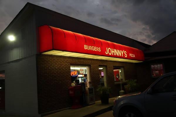 21;Johnnys Burgers;Taylor Slifko19