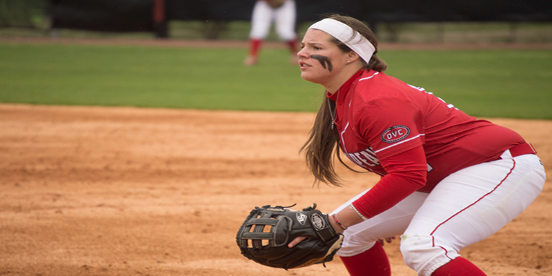 Lady Govs softball drops OVC contests