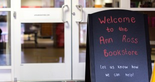 The Ann-Ross Bookstore houses most textbooks for students throughout the year. It also has gift cards, makeup, coffee mugs and sweatshirts for purchase. HENRY KILPATRICK | THE ALL STATE