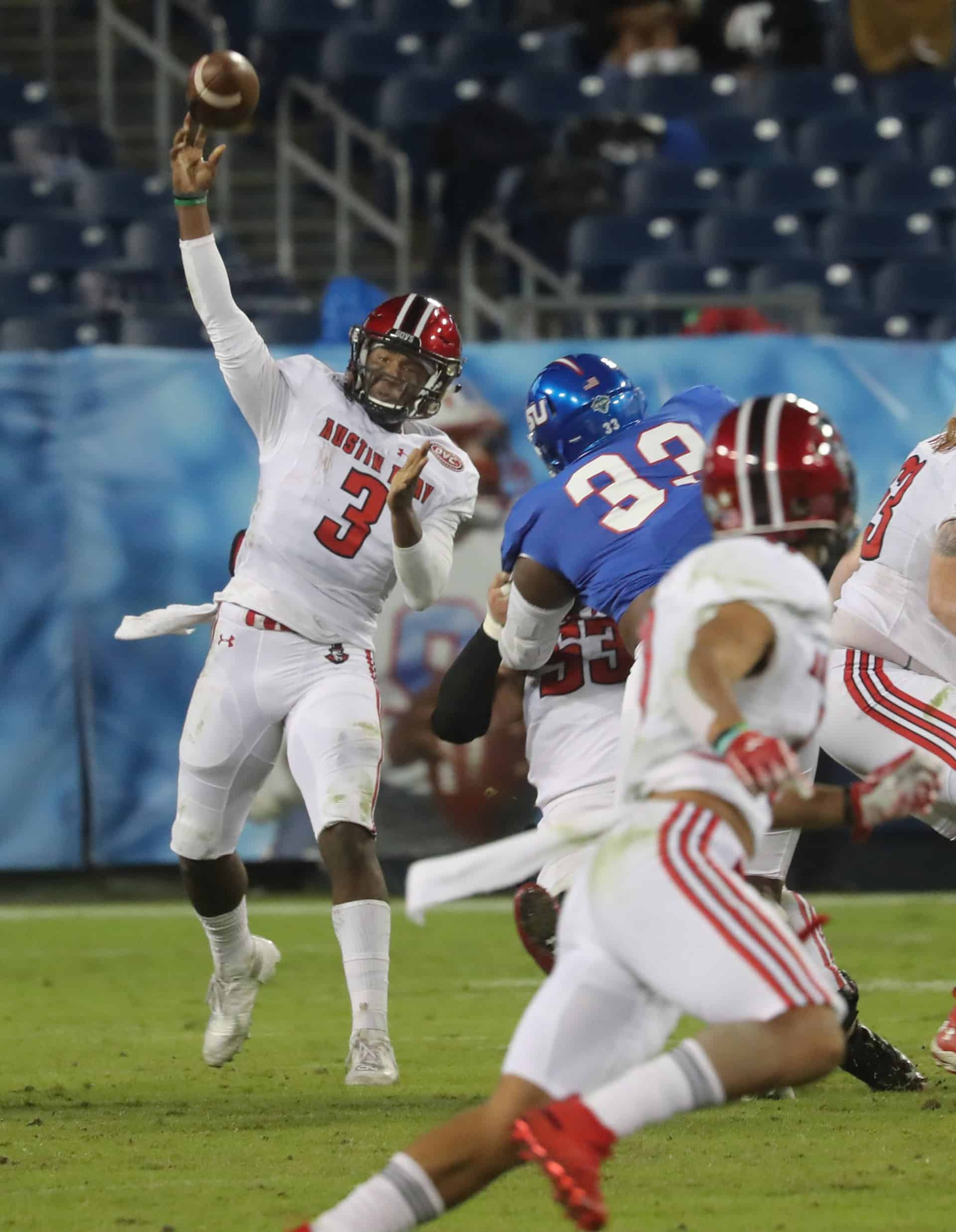 JaVaughn Craig rolls and delivers one of his 18 completions he delivered in the loss against the TSU Tigers.