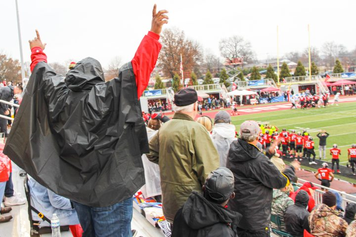 Fans support Govs through rain and shine