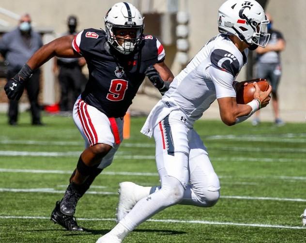 Defensive end Kwame Sutton tracks down a Cincinnati quarterback during their 55-20 defeat | APSU SPORTS INFORMATION