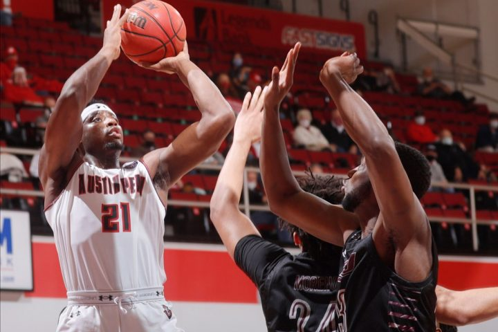 First-half struggles too much for APSU to overcome