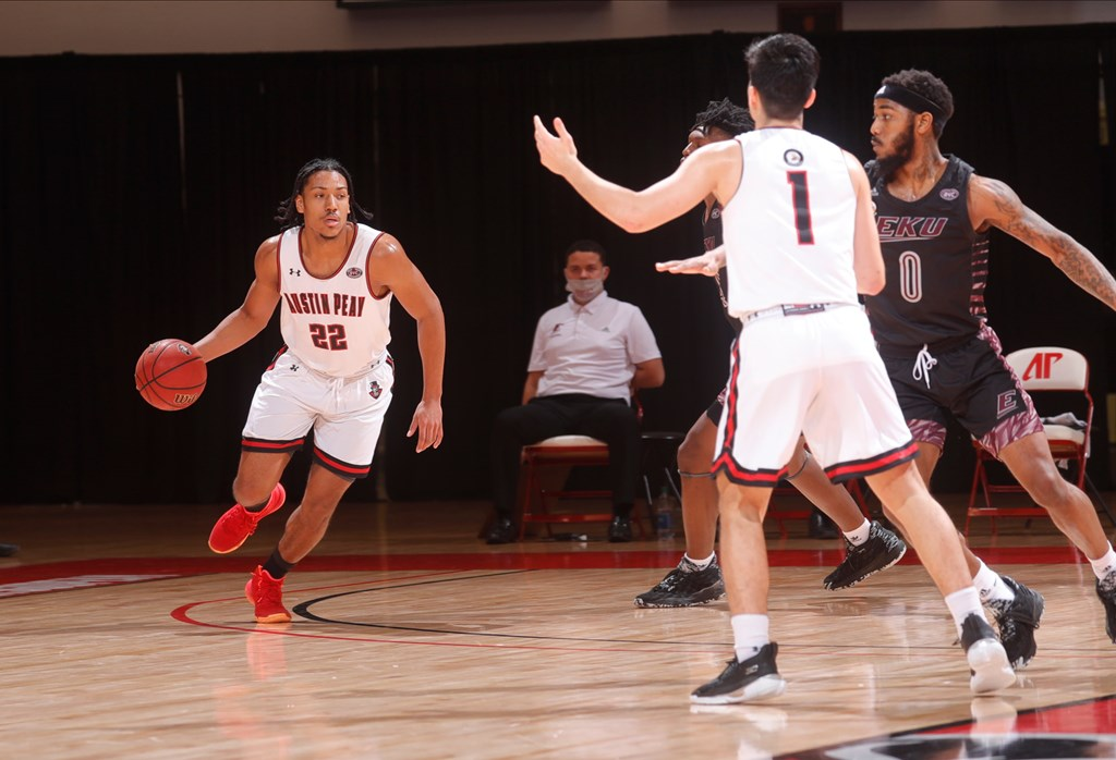 Alec Woodard notched a career-high in points on Jan. 2 in APSU's 80-75 loss to Eastern Kentucky. ROBERT SMITH | APSU SPORTS INFORMATION