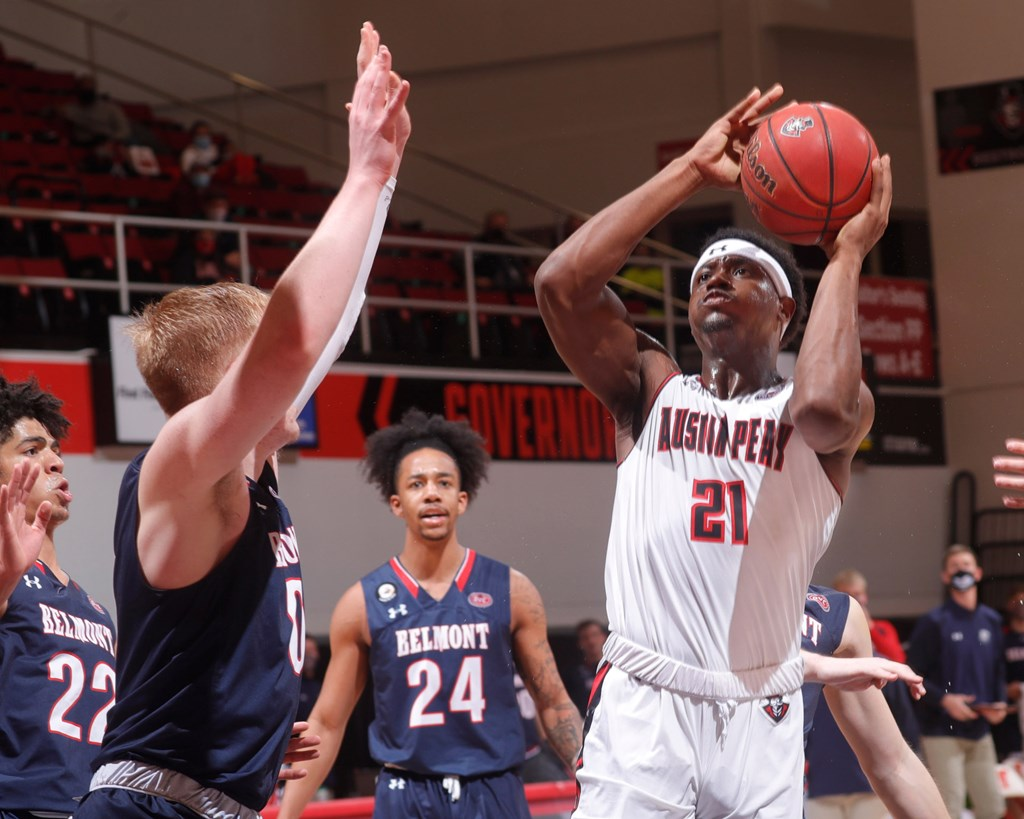 Austin Peay lost to Belmont 81-76 during Thursday's OVC game at the Dunn Center.