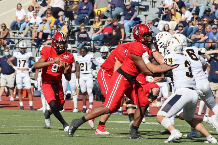 Football wraps up spring season with All-OVC awards