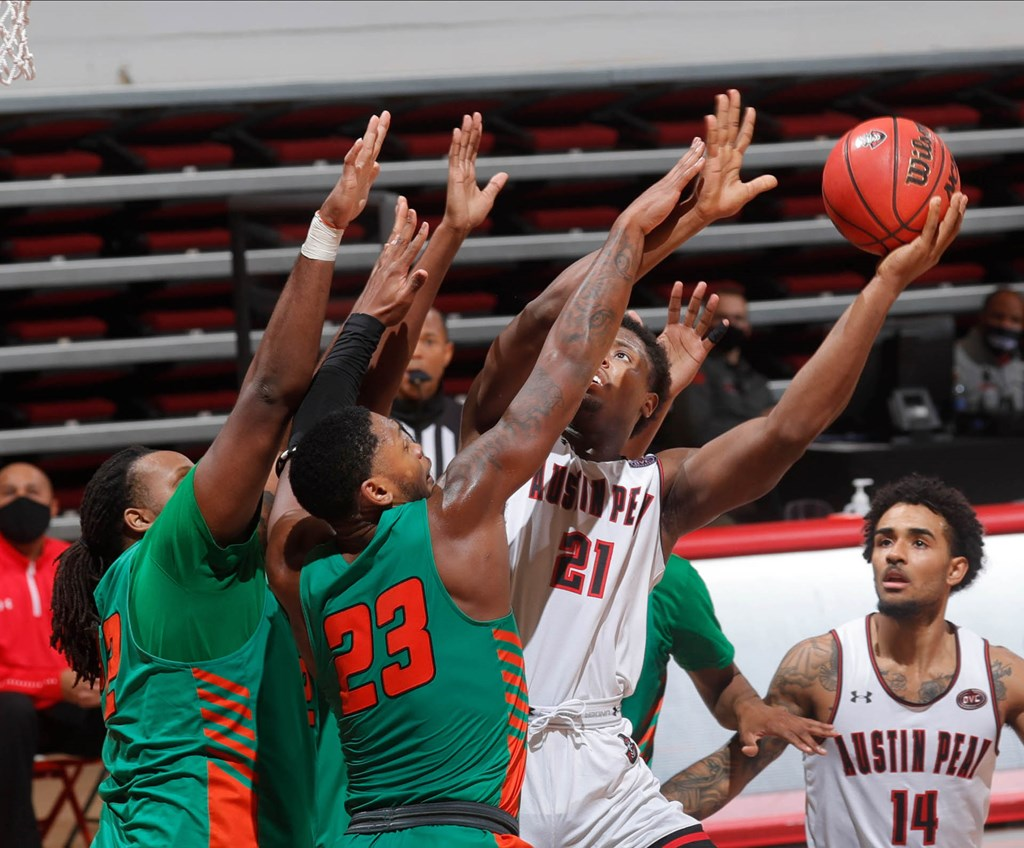 Austin Peay lost to Florida A&M 76-70 during action Tuesday at the Dunn Center. ROBERT SMITH | APSU SPORTS INFORMATION