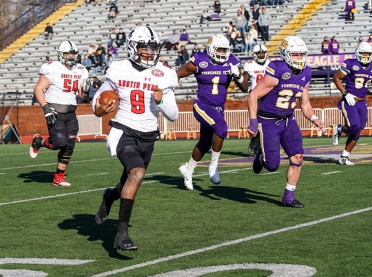 Offense stalls in season opener to Tennessee Tech
