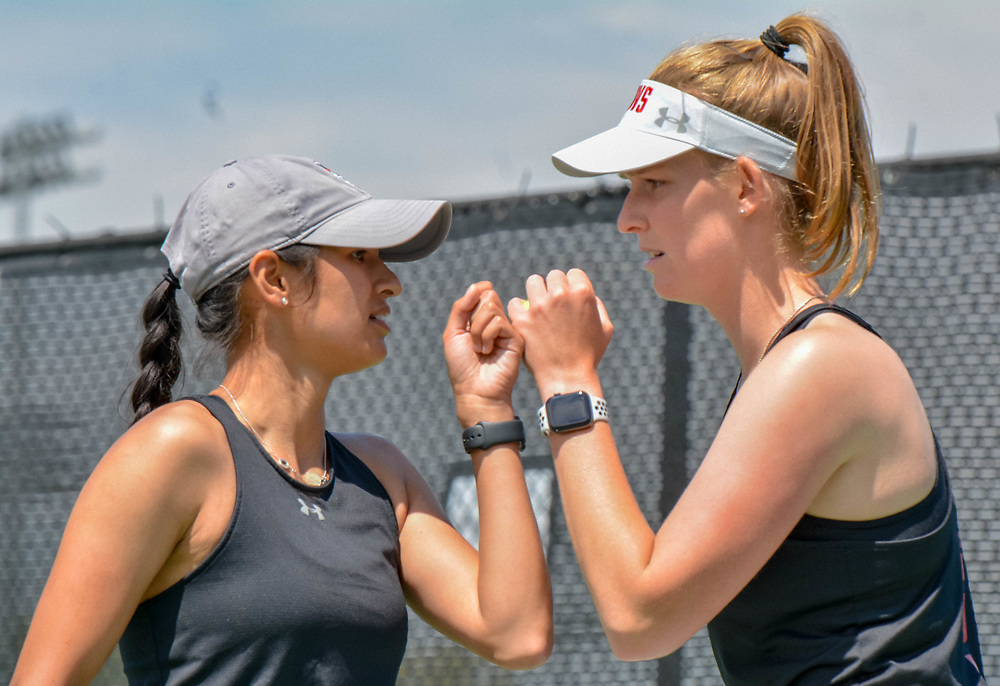 Fabienne Shmidt (right) and Danielle Morris (left) lead the Governors with a 11-1 doubles record. HASSAN TAYLOR | THE ALL STATE