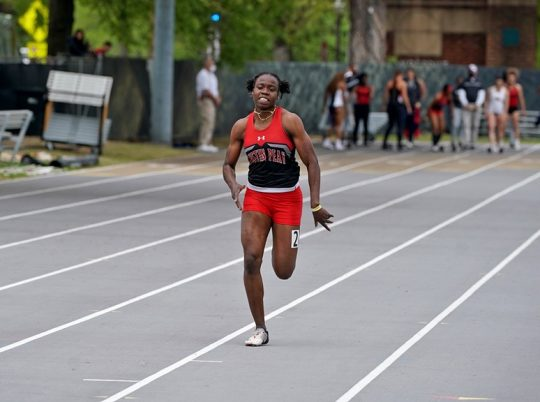 Sprint star Kenisha Phillips finds familiarity with APSU track